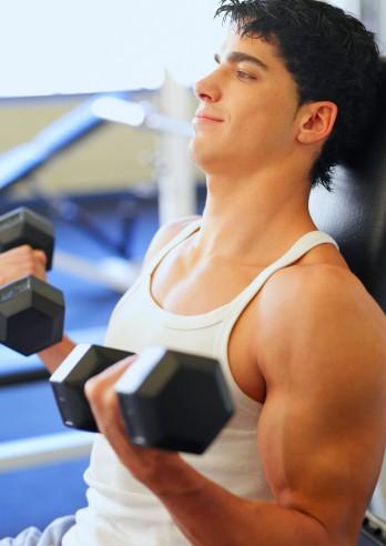 testosterone libido attrazione sessuale donne uomo impotenza palestra pesi ginnastica attività fisica