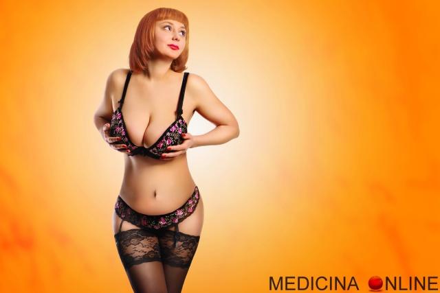 MEDICINA ONLINE SEXY GIRL WOMAN PANTYHOSE LINGERIE BOOBS TITS SENO MAMMELLE CALZE AUTOREGGENTI DONNE DEL NORD SUD SESSO COSA PIACE AGLI UOMINI