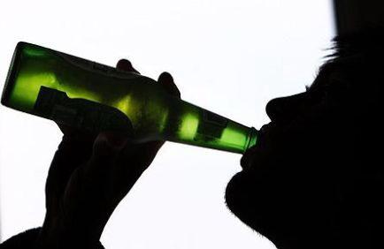 Perché sei più arrapato dopo aver bevuto?