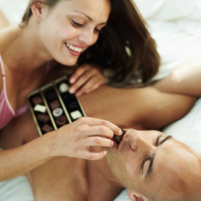 Risveglia il desiderio sessuale con uno dei più potenti afrodisiaci esistenti al mondo il cioccolato