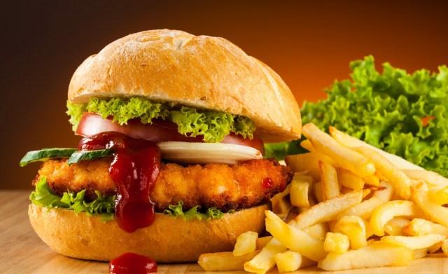 Dott. Loiacono Emilio Alessio Medicina Chirurgia Estetica Benessere Dietologia Sessuologia Ecografie Tabagismo Smettere di fumare fast food Hai un rischio maggiore di rinite congiuntiviteeczema asma