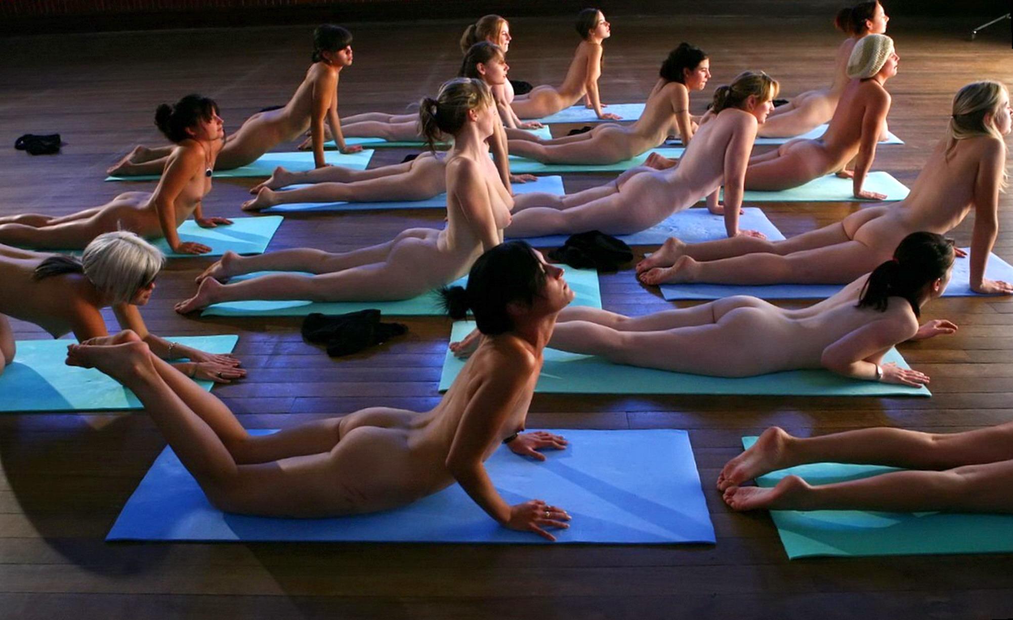 Naked kundalini yoga-5134