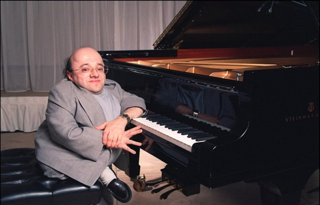 MEDICINA ONLINE MICHEL PETRUCCIANI MITO INVECE ORANGE NEW YORK PIANOFORTE PIANO NAPOLI JAZZ OSTEOGENESI IMPERFETTA SINDROME OSSA CRISTALLO