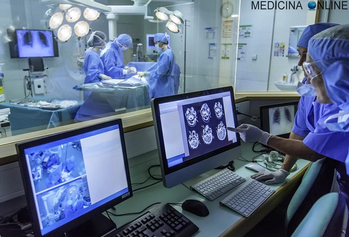 MEDICINA ONLINE CHIRURGO CHIRURGIA OPERAZIONE CHIRURGICA TERAPIA ASPORTAZIONE BISTURI SALA OPERATORIA TUMORE CANCRO SUTURA MASSA TUMORALE STADIAZIONE MAMMELLA POLMONI TECNICA GENERALE ADDOMINALE BIOPSIA AGOASPIRATO