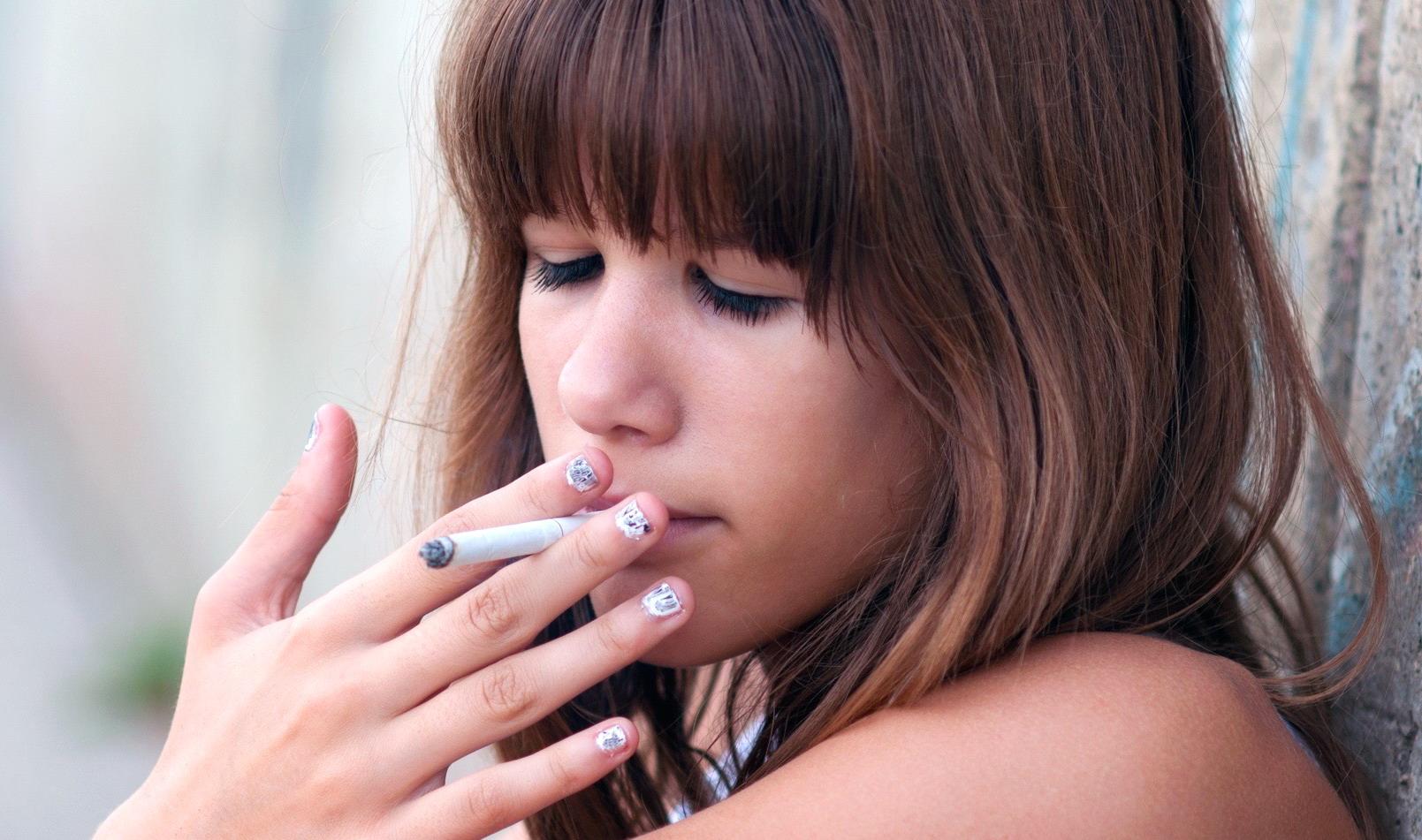 fumo di sigaretta video di sesso