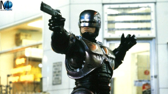 MEDICINA ONLINE RoboCop is a 1987 American cyberpunk science superhero action film directed Paul Verhoeven and written by Edward Neumeier and Michael Miner stars Peter Weller, Nancy Allen WALLPAPER HD CINEMA MOVIE
