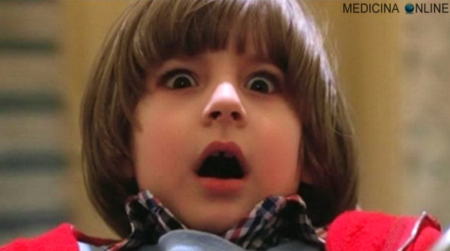 MEDICINA ONLINE SHINING KID SCARED CERVELLO TELENCEFALO MEMORIA EMOZIONI CARATTERE ORMONI EPILESSIA STRESS RABBIA IRA PAURA FOBIA SONNAMBULO ATTACCHI PANICO ANSIA VERTIGINE LIPOTIMIA IPO