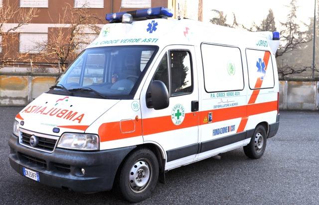 MEDICINA ONLINE ITALIAN AMBULANCE DOCTOR NURSE AMBULANZA STRADA EMERGENZA INFERMIERE MEDICO PORTANTINO ITALIA PRONTO SOCCORSO OSPEDALE BARELLA CORSA MORTE MALATTIA DOLORE INCIDENTE ICTUS INFARTO WALLPAPER PIC HI RES.jpg
