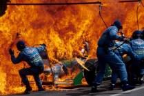 MEDICINA ONLINE formula 1 AUTO PRENDE FUOTO GRAN PREMIO GERMANIA German GP Hockenheim 1994 F1 Pit Stop Fire Accident Jos Verstappen Benetton catches fire 01