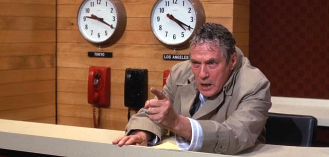 MEDICINA ONLINE network film di Sidney Lumet. Con Peter Finch, William Holden, Faye Dunaway, Robert Duvall, Ned Beatty. Titolo originale Network. Drammatico, durata 121 min. - USA 1976