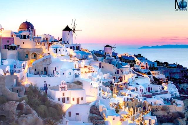 MEDICINA ONLINE Santorini ISLAND ISOLA GRECIA TRAGHETTI AEREO AEROPORTO CAPITALE CITTA PANORAMA VISTA TRAMONTO SAN VALENTINO AMORE SPIAGGIA Greece
