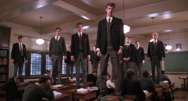 MEDICINA ONLINE CINEMA L'ATTIMO FUGGENTE MOVIE USA OH CAPITANO MIO CAPITANO RECENSIONE IMMAGINE WALLPAPER PICS HI RES PHOTO DEAD POETS SOCIETY.jpg
