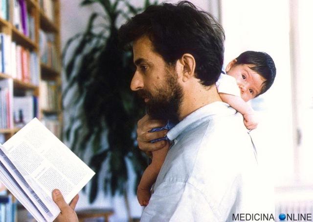 MEDICINA ONLINE APRILE NANNI MORETTI 1998 FIGLIO PIETRO MORETTI NEONATO Tu devi imparare serenità tibetana ricordi Bernardo Bertolucci Festival di Cannes premio non importa tranquillo serenità ho imparato monaci tibetani.jpg