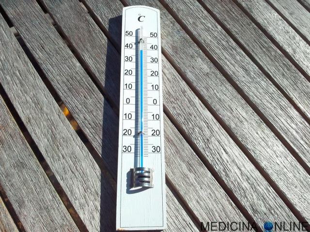 MEDICINA ONLINE TEMPERATURA CORPO FEBBRE GRADI CENTIGRADI COLD FREDDO CALDO HOT CONGELAMENTO ASSIDERAMENTO IPOTERMIA SURGELATO thermometer.jpg