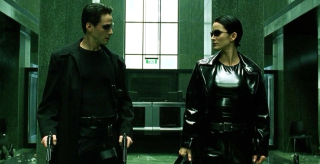 MEDICINA ONLINE MATRIX FREEZE ALT SCENE SCENA FILM MOVIE CINEMA KEANU REEVES LANA LILLY WACHOWSKI.jpg