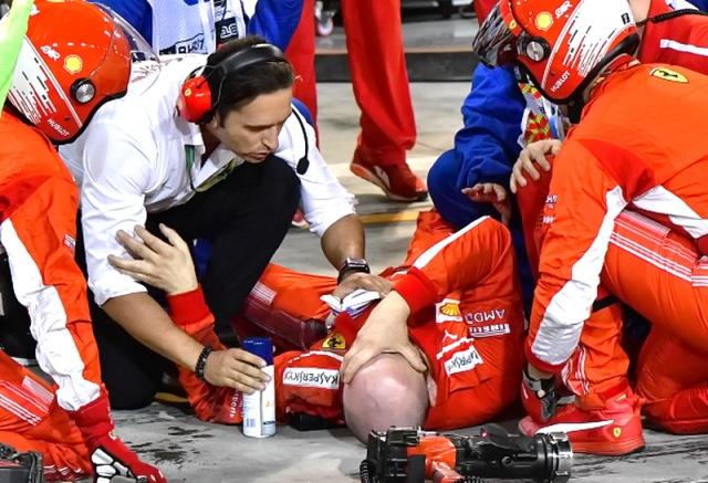 MEDICINA ONLINE VIDEO Formula 1 GP Bahrain 2018 incidente al pit stop di Kimi Räikkönen 8 aprile 2018 4.jpg