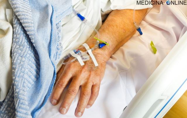 MEDICINA ONLINE OSPEDALE MALATO TERMINALE ANAMNESI ESAME OBIETTIVO AGO CANNULA MORTE LUTTO CEREBRALE CLINICAMENTE MORTO LETTO MALATTIA MEDICO AIUTO INFERMIERE SINTOMI DOLORE SEGNI MEDICINALE FARMACO