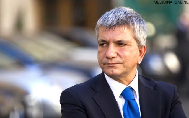 MEDICINA ONLINE NICHI VENDOLA INFARTO TERAPIA INTENSIVA OPERAZIONE POLICLINICO GEMELLI.jpg