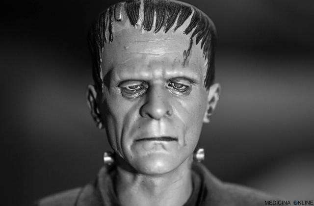 MEDICINA ONLINE Mary Shelley dott. Victor Frankenstein Junior attori film creatura esistita davvero esperimento morti morte cadaveri pezzi horror orrore racconto Prometeo favola paura Halloween terrore mostro.jpg