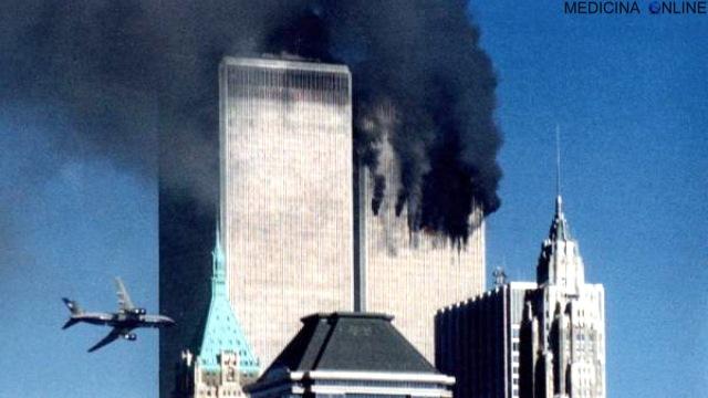 MEDICINA ONLINE AEREO AEROPLANO DISASTRO TRAGEDIA INCIDENTE ATTENTATO TERRORISMO 9 11 SETTEMBRE 2001 USA TWIN TOWERS.jpg