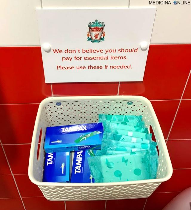 MEDICINA ONLINE Stadio di calcio Anfield Liverpool Inghilterra bagni femminili assorbenti Noi crediamo che tu non debba pagare per le cose essenziali. Per piacere usali se ne hai bisogno.jpg