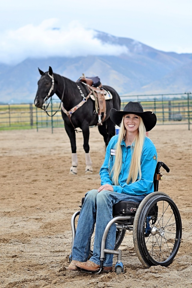 MEDICINA ONLINE Walk. Ride. Rodeo. film Amberley Snyder storia vera paralisi cavallo 1.jpg