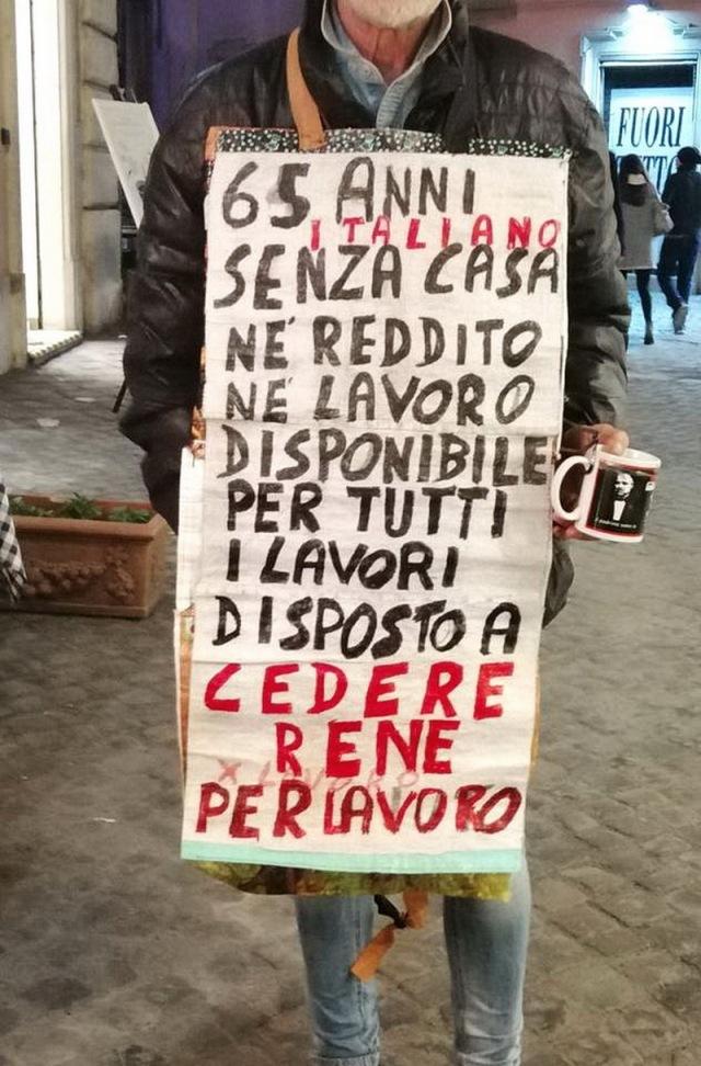 MEDICINA ONLINE LUIGI PERRINO ROMA CENTRO DISOCCUPATO DISPOSTO A CEDERE UN RENE PER LAVORARE CARTELLO..jpg