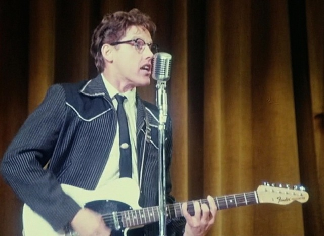 MEDICINA ONLINE The Buddy Holly Story guitars (10)